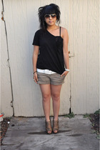 DIY top - H&M belt - Bakers shoes - H&M accessories - Marc by Marc Jacobs sungla