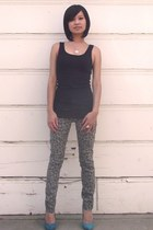 black basic tank Mossimo top - charcoal gray Sanrio for Target jeans