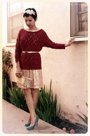 gold metallic Forever 21 belt - light pink sequined Forever 21 dress