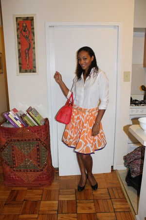 cotton midi Sarafina skirt - cotton white Express shirt - salmon Aldo bag