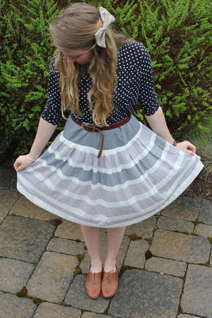 vintage skirt - Aldo shoes - H&M shirt