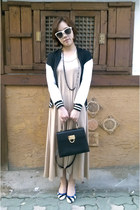black jacket - beige maxi dress dress - black bag - striped pumps pumps