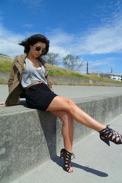 gold ROOTS sunglasses - green jacket - black le chateau boots - silver Sirens sh