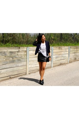 black bomber Aritzia jacket - black ankle boots Forever 21 boots