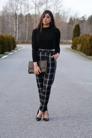 black Forever 21 bag - black cropped Boohoo top - black Aldo heels