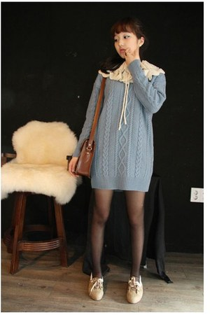 sky blue knit thrifted sweater - black Topshop tights - brown modcloth bag - neu