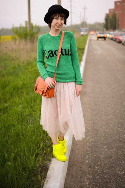 neon Ebay sneakers - Ebay bag - Ebay skirt