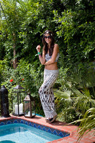 TJ Maxx sunglasses - Karen Kane pants - Ugg Australia wedges - Clover Canyon top