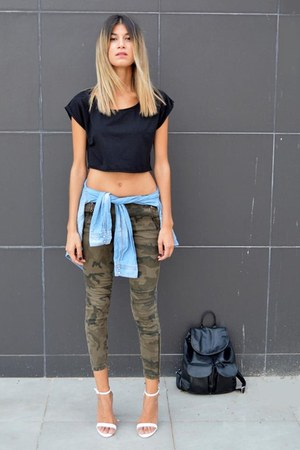 crop Bershka top - black yeswalker bag - military Zara pants