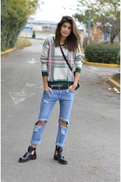 Choies.Com Ripped Jeans - How to Wear and Where to Buy | Chictopia