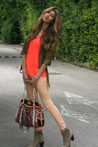 pastel Bershka pants - sand Zara boots - chaki gestuz jacket - bag