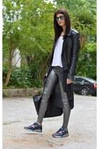 airmax nike sneakers - shopper Zara bag - metallic gestuz pants