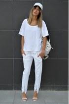 leather white asos bag - delicate white Zara heels