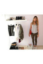 camo Zara pants - red Zara bag - white Converse sneakers