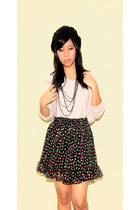 random from Hong Kong top - shopvintagefindsmultiplycom skirt - dept store neckl