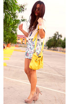 yellow oversized cream Mango top - tan Accessorize necklace