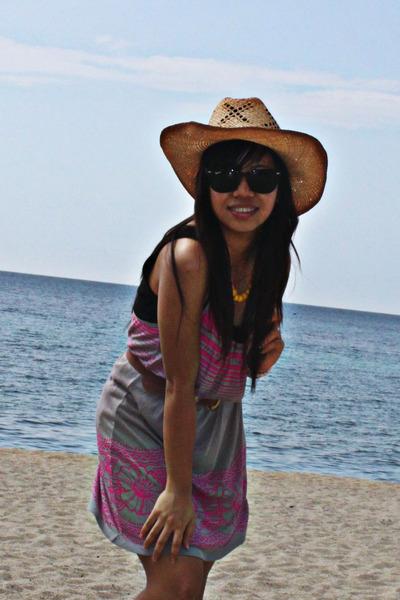 Forever 21 dress - random purse - Roxy hat - Ray Ban sunglasses