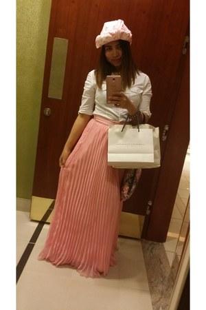 Carolina Herrera scarf - Bershka blouse