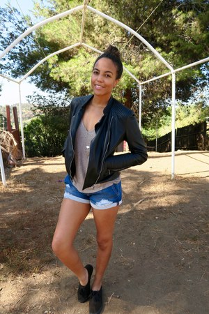 black leather Zara jacket - blue Joes Jeans shorts - tan flowy Forever 21 top