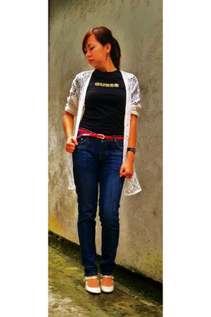 Guess t-shirt - thrifted jeans - sm dept belt - Celine shoes - from mom blazer -