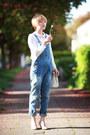 White-dolce-gabbana-bag-blue-jeans-zara-jumper