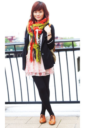 red scarf - black blazer - brown shoes