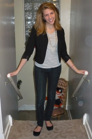 black H&M blazer - Forever 21 jeans - Mossimo shirt - necklace - Isaac Mizrahi f