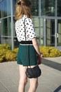 Green-h-m-shorts-white-h-m-top-black-free-people-clogs