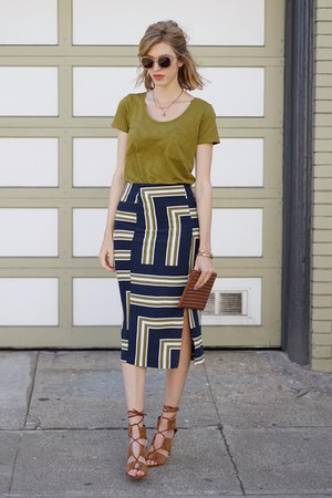 navy Topshop skirt