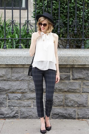 navy Zara pants