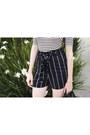 Black-mimi-chica-shorts