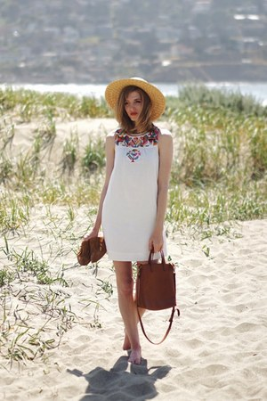 light brown madewell shoes - white madewell dress - tan American Eagle hat
