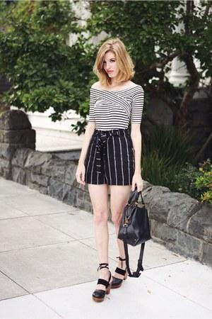 black Mimi Chica shorts