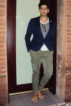 white naugthy tickle t-shirt - navy blazer - dark khaki combat trews pants