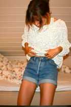 white American Apparel sweater - blue Vintage Levis Urban Outfitters shorts