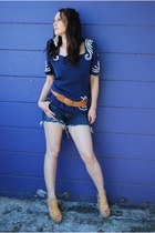 navy cut offs Blu cult shorts - camel braided leather thrifted vintage belt - na