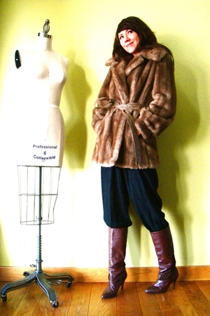 brown vintage coat - black