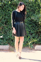 black crew neck Old Navy top - black strap Forever 21 heels