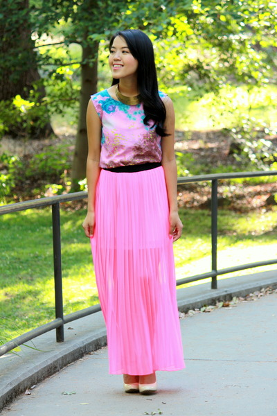 hot pink pleats JCPenney skirt