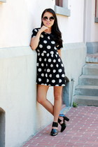 black polka dots Forever 21 dress