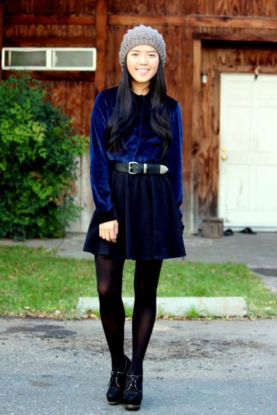 black circle Nasty Gal dress - heather gray knitted Ebay hat