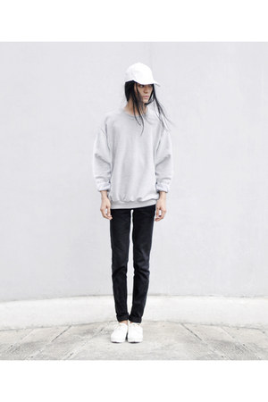 heather gray Jamy sweatshirt