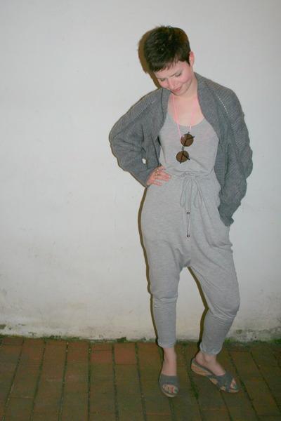 gray H&M dress - gray H&M cardigan - gray Graceland shoes