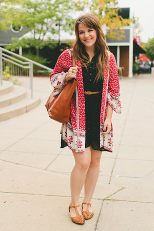 tawny madewell bag - black Forever 21 dress - red pitaya top