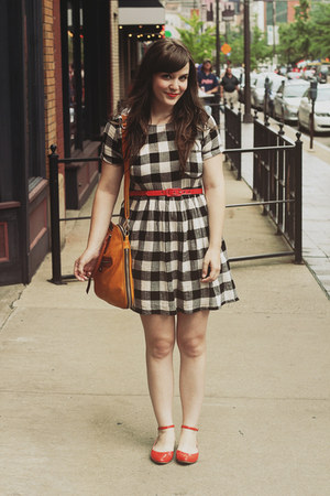 red modcloth flats - black Forever 21 dress - mustard thimble and thorn bag