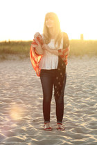 ruby red groupon scarf - blue American Eagle jeans - ivory modcloth top