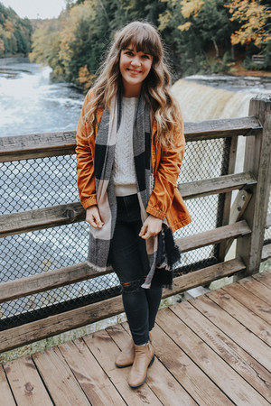 black H&M jeans - tan modcloth boots - burnt orange Old Navy coat