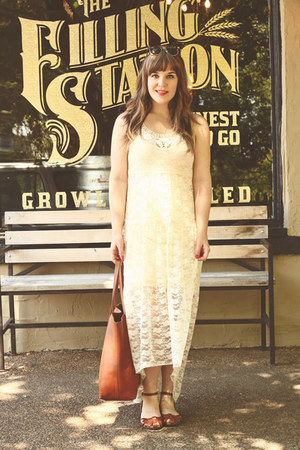 brown zeroUV sunglasses - ivory Meijer dress - tawny madewell bag
