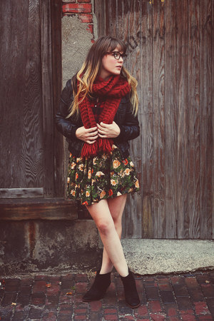 black riffraff boots - black Marshalls jacket - ruby red Forever21 scarf