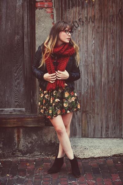 black riffraff boots - black Marshalls jacket - ruby red Forever21 scarf